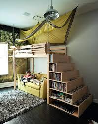 chambre enfant original lit enfant escalier fabulous lit enfant original meuble escalier
