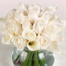 wedding centerpiece flowers ivory roses calla lilies global rose