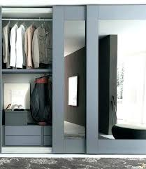 Painting Sliding Closet Doors Closet Paint Ideas Bedroom Closet Bedroom Ideas Doors Painting The