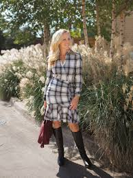 how to dress for thanksgiving what to wear for thanksgiving dressing up or keeping it casual