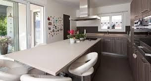 cuisine table cuisine en u avec table fabulous rnovation de cuisine avec plans