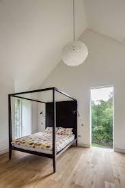 interieur maison bois contemporaine plancher bois massif et déco moderne la maison rustique cool