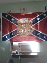 Dixi Flag The Confederate Flag Owners Of New York Wnyc News Wnyc