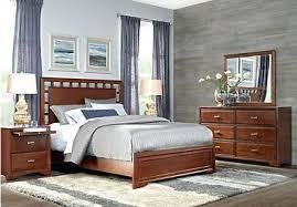 wondrous queen furniture bedroom set cherry 5 queen lattice