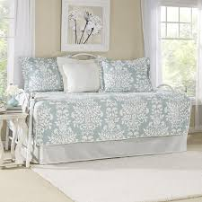 laura ashley home rowland breeze 5 piece twin daybed quilt set by