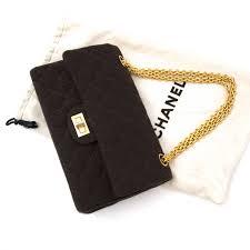 shop authentic vintage luxury designer handbags online vind