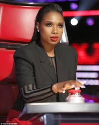 The Voice Usa Best Blind Auditions Jennifer Hudson Debuts As Judge On The Voice Usa Daily Mail Online