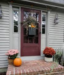front door ideas 47 cute and inviting fall front door décor ideas digsdigs home