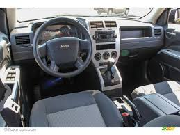 jeep arctic interior jeep liberty 2015 interior wallpaper 1600x1200 36270