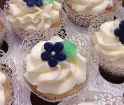 bridal groom engagement kissed cupcakes kissed cupcakes