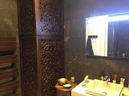 comment cacher une chaudi鑽e dans une cuisine cache chauffe eau en bois sur mesure par et bois