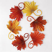fan folded leaves for to craft for thanksgiving