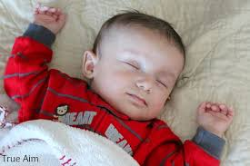 Baby Comfort Feeding At Night 5 Ways To Help Your Newborn Sleep True Aim