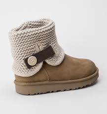 ugg boots sale treds ugg w shaina chestnut womens boots treds