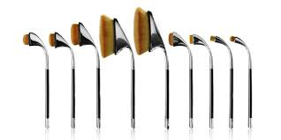 makeup brushes ever founded