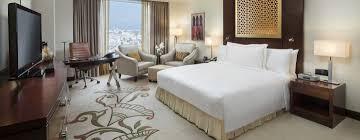hotel de luxe avec dans la chambre conrad dubai hôtels de luxe à dubaï