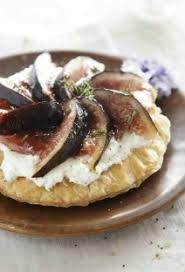 cuisiner des figues fraiches tarte au chèvre et aux figues fraîches