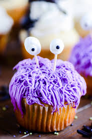 Easy Halloween Cup Cakes by Three Cute U0026 Easy Halloween Cupcakes Something Swanky