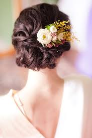 bridal flowers for hair considering adding fresh flowers in your hair wedding flower
