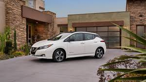 nissan leaf interior 2018 nissan leaf 5 things we like about the redesigned ev