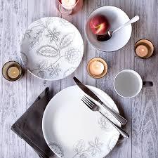 Corelle Livingware 16 Piece Dinnerware Set Winter Frost White Amazon Com Corelle Vive 16 Piece Glass Reminisce Dinnerware Set