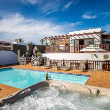 holiday apartments and hotels in canary islands