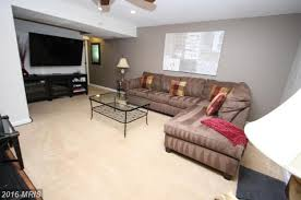 beautiful walkout basement apartment for rent in fairfax apply
