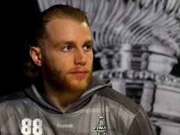 patrick kane 2017 haircut beard eyes weight measurements