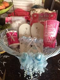 bridal shower gift baskets gift ideas for bridal shower inexpensive bridal shower