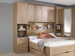 charmant chambre a coucher avec pont de lit et chambre coucher avec