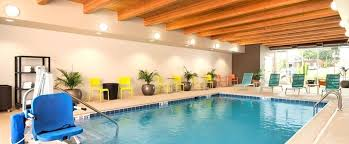 hotels with 2 bedroom suites in st louis mo 2 bedroom hotels in st louis mo suites by st forest park hotel mo