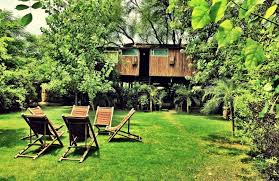 Build A Backyard Fort Home Kids Tree Fort Treehouse Rentals Treehouse Ideas Most