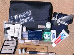 United Airlines Carry On Amenity Kit Review United Airlines Global First U2013 2012
