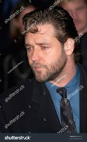 actor russell crowe los angeles premiere stock photo 98620121