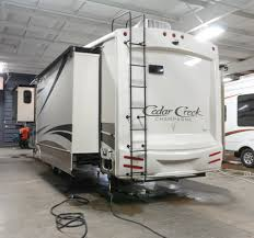 new 2017 forest river cedar creek champagne 38erk 6463