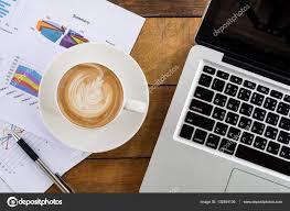 Schreibtisch Arbeitstisch Schreibtisch Arbeitstisch U2014 Stockfoto 132854136