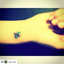 little small bumblebee bee tattoo dovme marmarisinkbebek