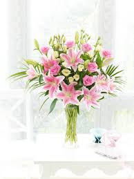 mothers day flowers 20 mothers day flowers from interflora ireland mothersdayflowers ie