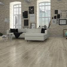 maple leaf northland 8 x 48 laminate flooring 25 5 sq ft ctn