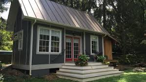 vacation in a tiny house 9 vacation rentals for trying out tiny house living tiny house
