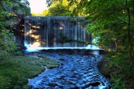 Massachusetts waterfalls images Leslie 39 s blog photos waterfall at puffers pond amherst jpg