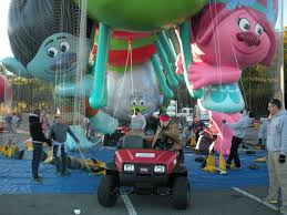 toro keeps macy s thanksgiving day balloons grounded startribune