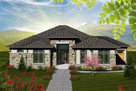 Hip Roof House Pictures Ranch Style House Plan 2 Beds 2 50 Baths 2081 Sq Ft Plan 70 1117
