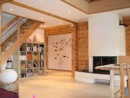 mur deco pierre chambre enfant bois decoration interieur salon classique en bois