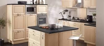 résultat de recherche d images pour cuisine pin cuisine en bois