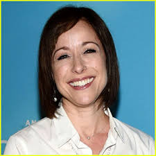 trading spaces host trading spaces is heading back to tlc paige davis reacts paige