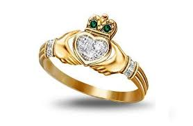 claddagh ring story claddagh rings popular for three hundred years