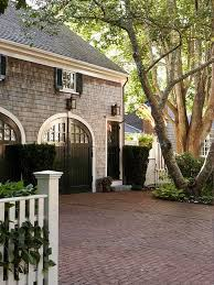Cottage Style Garage Doors by 107 Best Garage Style Images On Pinterest Home Carriage House