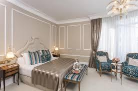 Schlafzimmerm El Mit Fernseher Carlos Ruiz Zafon Suite Hotel Barcelona