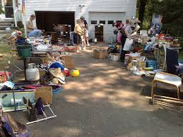 what are the hottest yard sale items what sells best the
